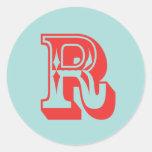 Favor de la inicial del monograma del estilo del etiqueta redonda
