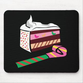 Favor de la torta y de fiesta alfombrilla de ratones
