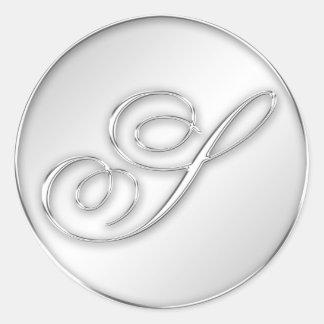 Favor de plata del monograma de la inicial de la pegatina redonda