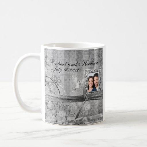 Favor floral de plata de encargo de la taza del bo