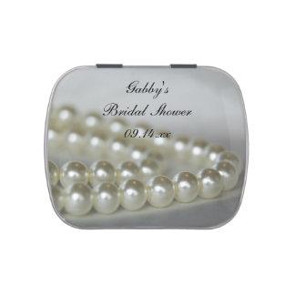Favor nupcial de la ducha de las perlas blancas latas de caramelos