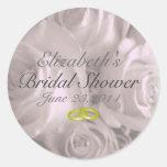 Favor nupcial de la ducha de las rosas del boda etiquetas redondas
