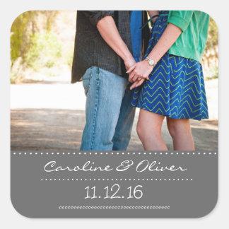 Favor romántico del boda de la foto de los pares colcomanias cuadradass