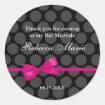 Favor rosado y negro de Mitzvah del palo del arco Etiqueta Redonda
