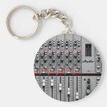 Favorable mezclador audio llavero redondo tipo pin