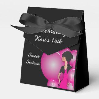 Favores de la caja de la fiesta de cumpleaños del caja para regalo de boda