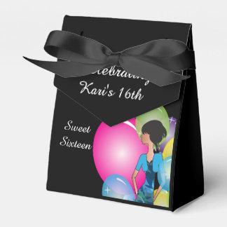 Favores de la caja de la fiesta de cumpleaños del caja para regalos