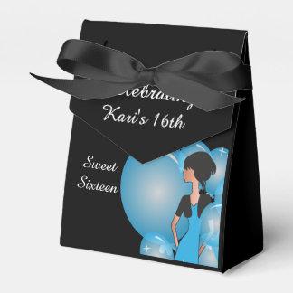 Favores de la caja de la fiesta de cumpleaños del cajas para detalles de boda