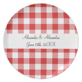 Favores rojos del boda del modelo de la guinga plato de comida