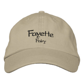 Fayette bordó la gorra de béisbol/el gorra