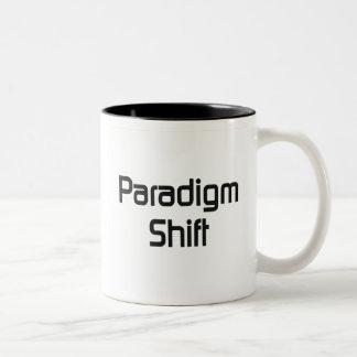 FB del cambio del paradigma Taza De Dos Tonos