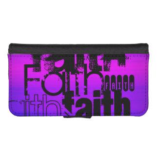 Fe; Azul violeta y magenta vibrantes Fundas Cartera De iPhone 5