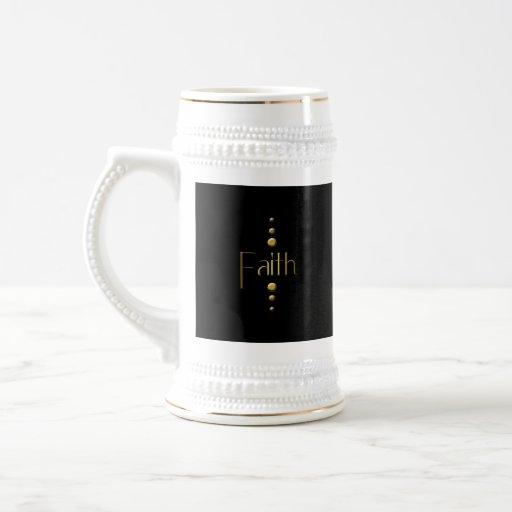 Fe del bloque del oro de 3 puntos y fondo negro tazas de café