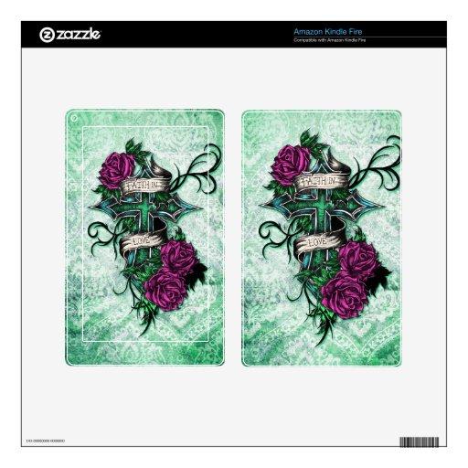 Fe en rosas del amor y arte cruzado en base verde pegatina skin para kindle fire