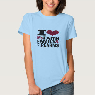 Fe, familia y armas de fuego polera