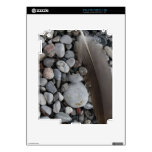 Feather on some Pebbles iPad 2 Skin