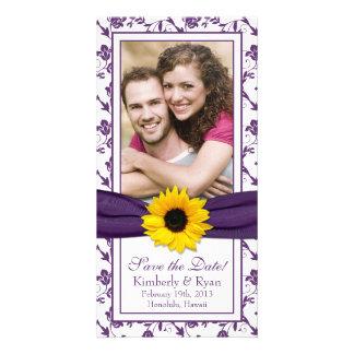 Fecha floral púrpura de la reserva del boda de la  tarjetas personales con fotos