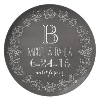 Fecha personalizada del boda del monograma de la plato de cena