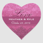 Fecha rosada de novia y del novio del amor calcomanía corazón
