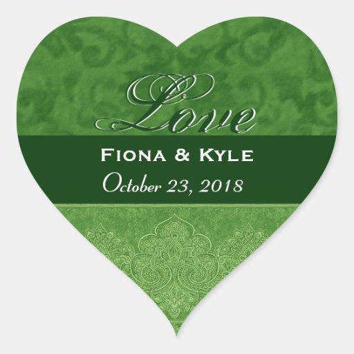 Fecha verde de novia y del novio del amor pegatina en forma de corazón