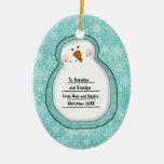 Fecha y nombre adaptables del muñeco de nieve de l adorno de navidad