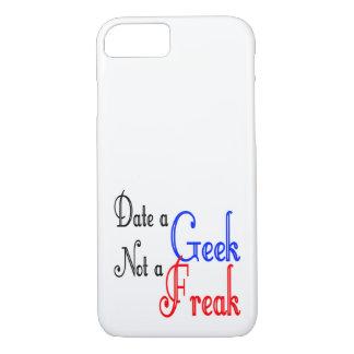Feche a un friki no un monstruo funda iPhone 7