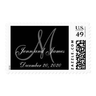 Feche los nombres y el franqueo del boda del sellos postales