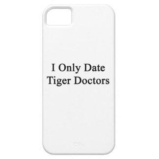 Fecho solamente a doctores del tigre iPhone 5 protector