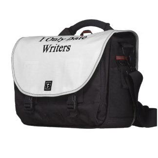 Fecho solamente a escritores bolsas de ordenador