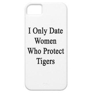 Fecho solamente a las mujeres que protegen tigres iPhone 5 Case-Mate protector