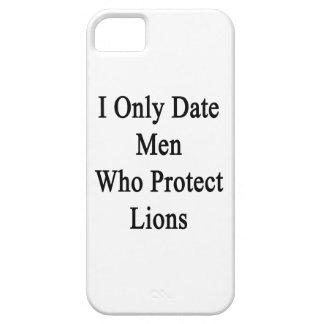 Fecho solamente a los hombres que protegen leones iPhone 5 protectores