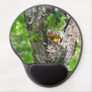 Feeding time in robin nest gel mouse pad