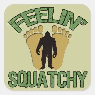 Feelin Squatchy Pegatina Cuadrada