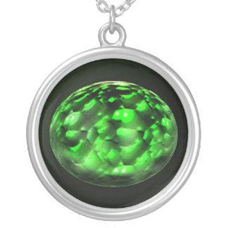 Feeling Green Round Pendant Necklace