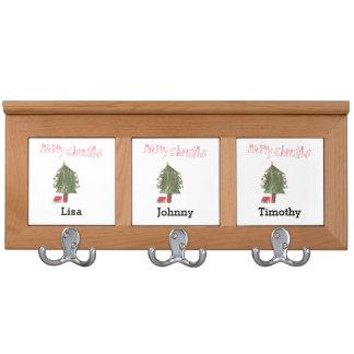 Felices árbol de navidad y presentes