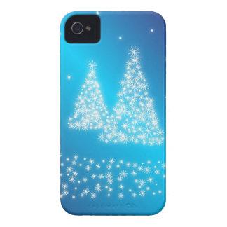 Felices árboles de navidad y estrellas iPhone 4 Case-Mate cárcasa
