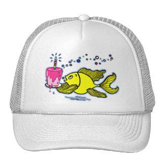 Felices cumpleaños, vivarachos con una torta y una gorra