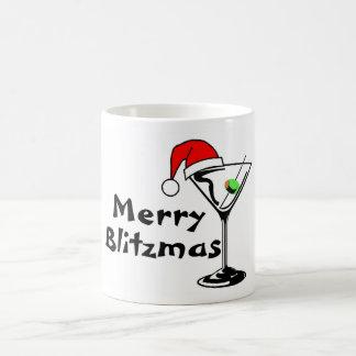Felices Navidad de Blitzmas Taza Básica Blanca