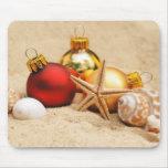 Felices Navidad en la playa Tapetes De Raton