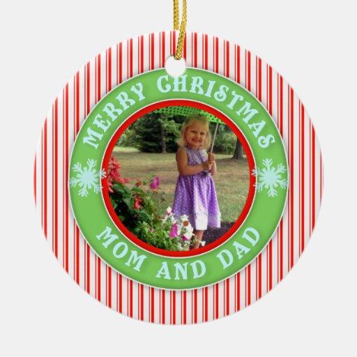 Felices Navidad mamá y foto anticuada del papá Ornamento De Navidad