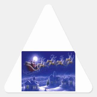 Felices Navidad Santa y su trineo Pegatina Triangular