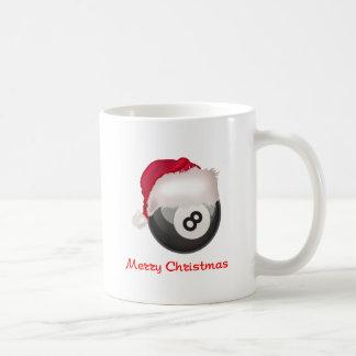Felices Navidad Santaball de PoolChick Taza Básica Blanca