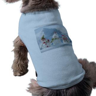 Felices Navidad y muñecos de nieve de la Feliz Año Prenda Mascota