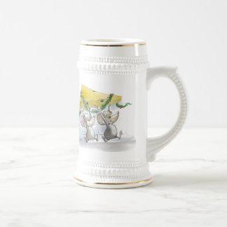 Felices ratones Mic y cerveza Stein del mac Tazas De Café