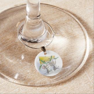 Felices ratones Mic y encanto del vino del día de Identificadores De Copas