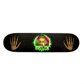 Felix skull green fire Skatersollie skateboard