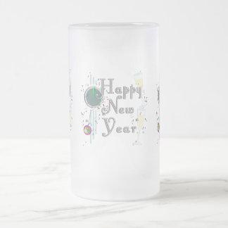 Feliz Año Nuevo con Champán y el confeti Tazas