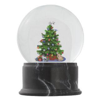 Feliz árbol de navidad, pájaros, gato, perro bola de nieve