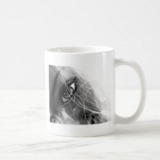 Feliz brillante taza clásica