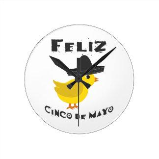 Feliz Cinco de Mayo - Chick Round Clocks